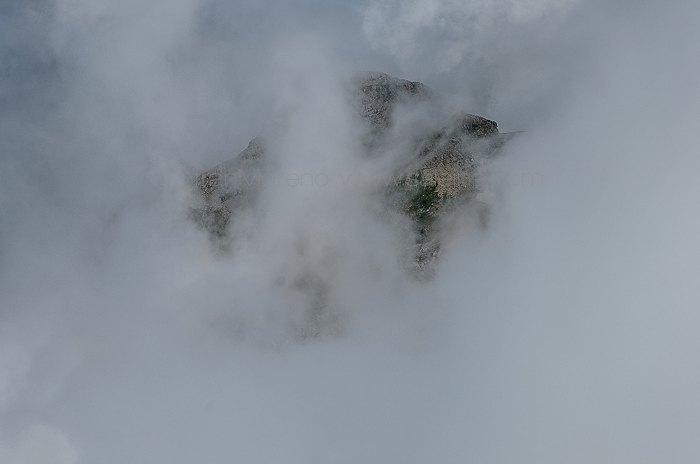 Petrechema, un vuelo rasante sobre las nubes del Pirineo.